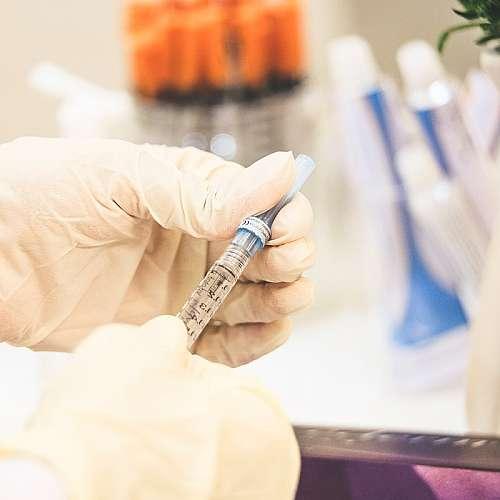 Учени разработиха  безболезнен тест за нивото на кръвната захар при диабетици