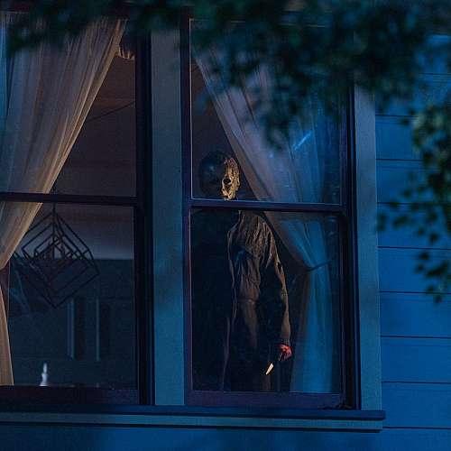 """""""Хелоуин убива"""" оглави  бокс-офис класацията  на Северна Америка"""