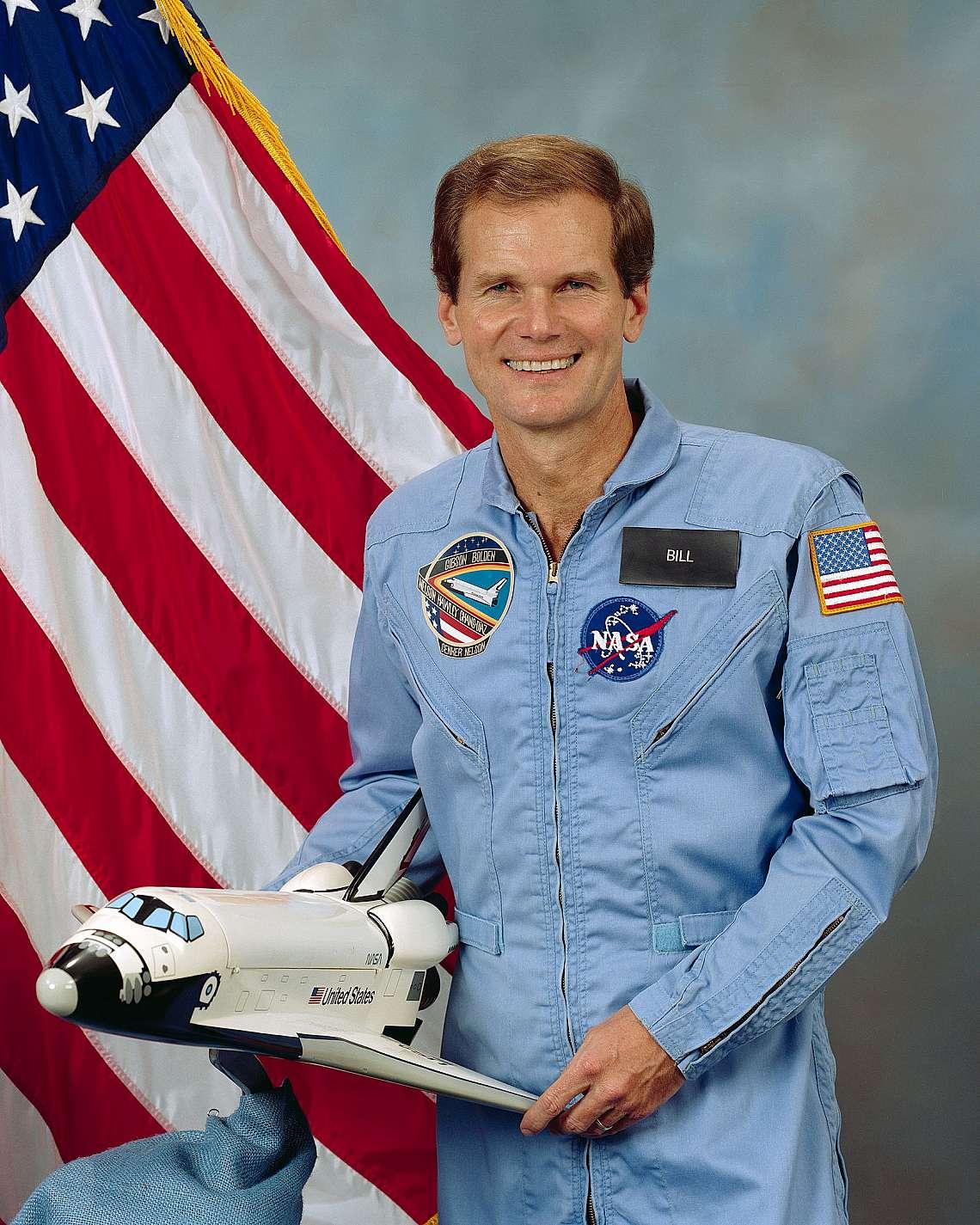 Бил Нелсън, бивш астронавт.