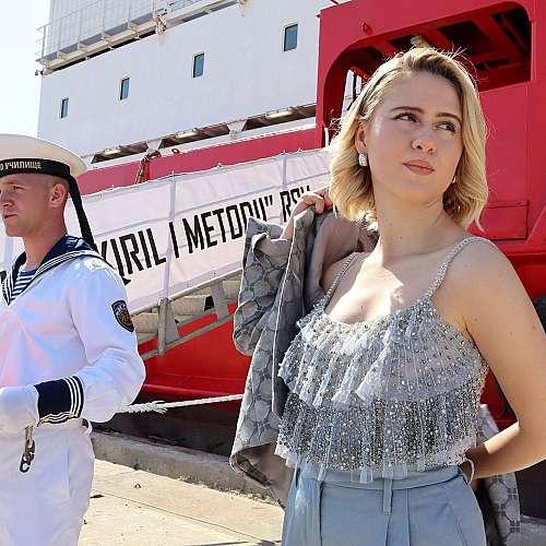Мария Бакалова кръсти официално български кораб