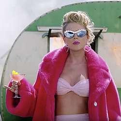 """Тейлър Суифт оглави класацията на """"Билборд"""" за най-високоплатени музиканти"""
