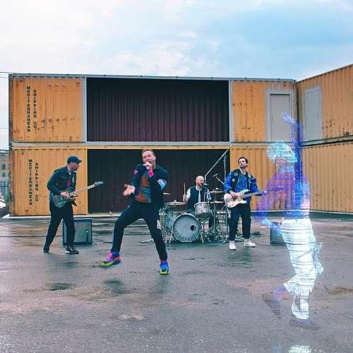 Новият сингъл на Coldplay дебютира в космоса