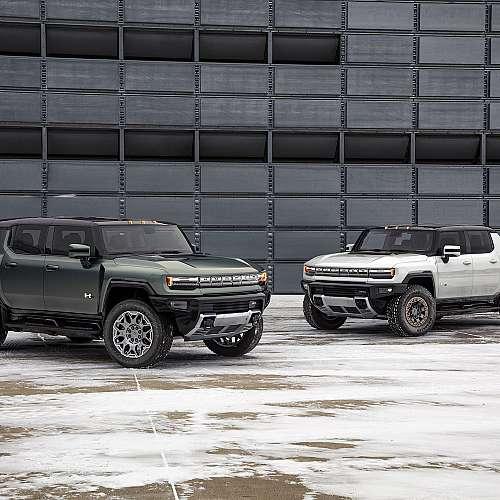 GM представи електрическия SUV Hummer