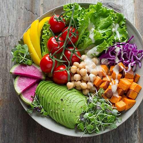 Здравословното хранене намалява риска от COVID-19