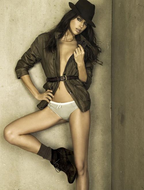 Irina Shayk XTi Shoes