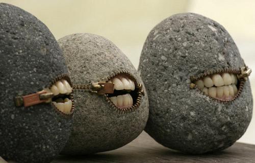 Скулптури от камъни на Hirotoshi Itoh