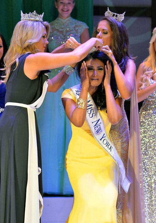 свежо индийка за първи път стана Мис Америка 2014