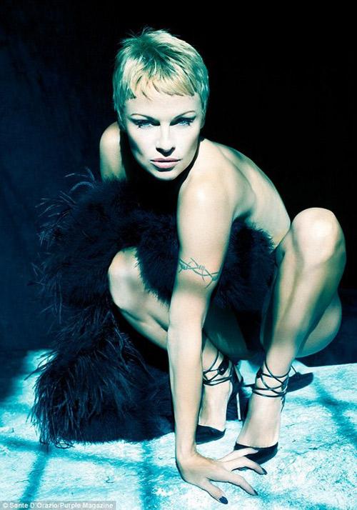 Pamela Anderson PURPLE Magazine Nude 2014 01