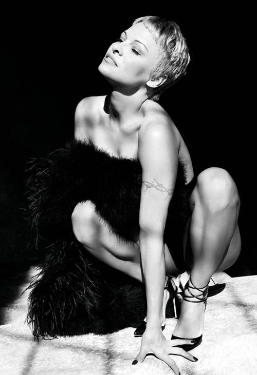Pamela Anderson PURPLE Magazine Nude 2014 02