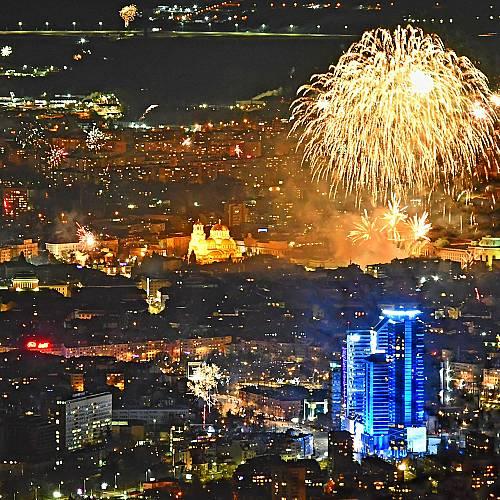 Софиянци посрещнаха новата 2021 година по чукарите на Витоша