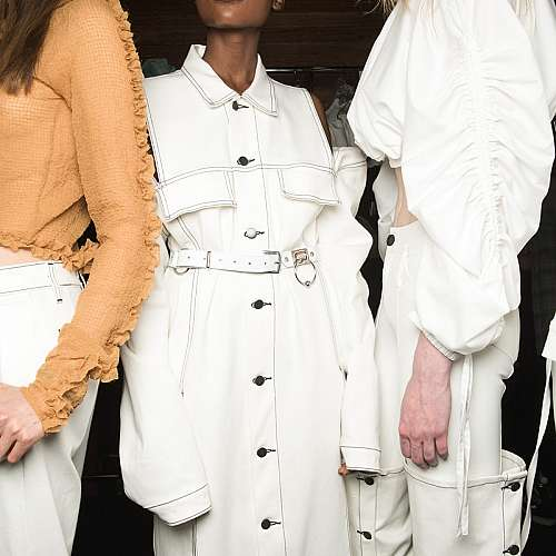 """""""Фенди"""" и """"Версаче"""" представиха съвместен проект на Седмицата на модата в Милано"""