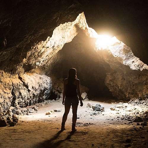 Пещера в Южна Африка може да е първата, обитавана от хора
