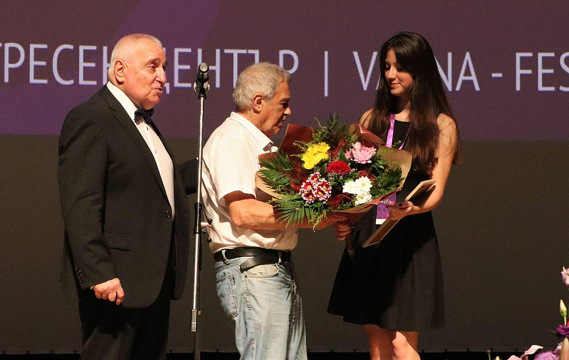 Стефан Мавродиев с награда за цялостен принос в кино изкуството.