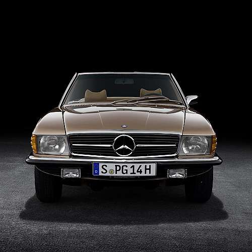 50 години от първия Mercedes R 107