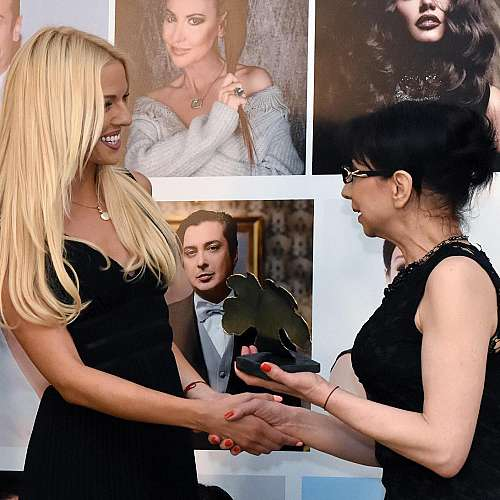 Натали Трифонова и Николай Дойнов са най-стилни TV лица