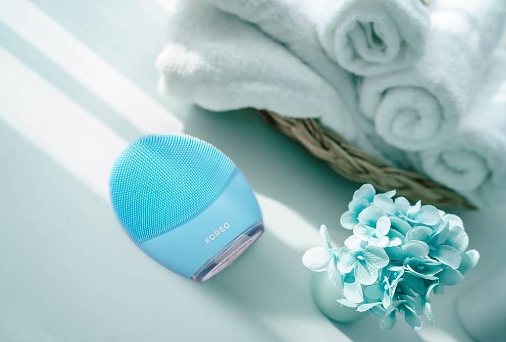 LUNA е продуктова серия от смарт устройства за почистване на лице от ново поколение