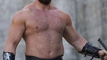 """Планината от """"Игра на тронове"""" свали 100 килограма"""