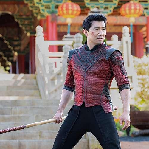 """""""Шан-Чи и легендата за десетте пръстена"""" остава начело на бокс-офис класацията"""
