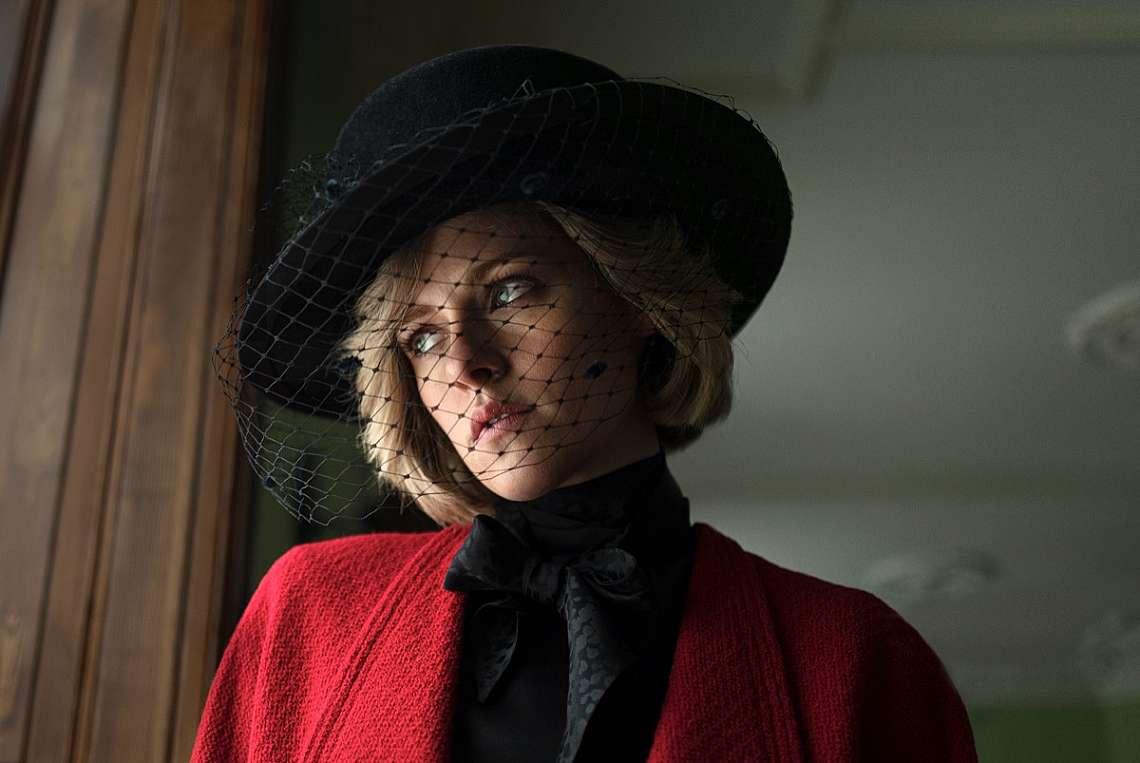 """Кристен Стюарт в ролята на принцеса Даяна в  """"Спенсър"""""""