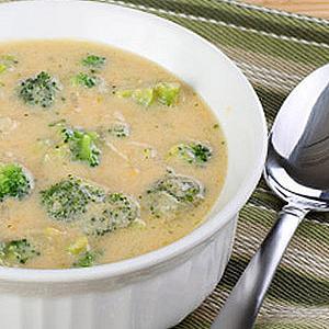 Супа с броколи и сирене