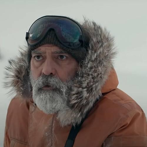 Джордж Клуни беше хоспитализиран, след като свали 13 килограма