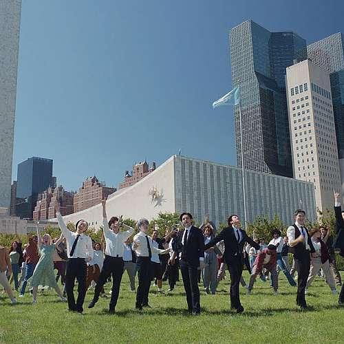 Кей поп звездите от BTS произнесоха реч пред  Общото събрание на ООН