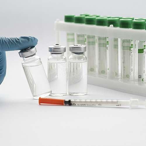 Южноафриканският Covid-19 е по-устойчив на ваксината на Пфайзер