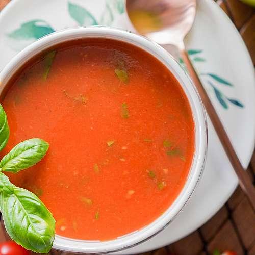 Германският астронавт Матиас Маурер ще занесе доматена супа на МКС