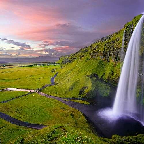 Исландия може да е върхът на потънал континент
